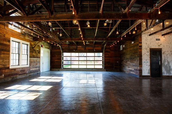 The Union On Eighth Pictures Google Search Industrial Wedding Venues Wedding Venues Texas Wedding Venues Texas Dallas