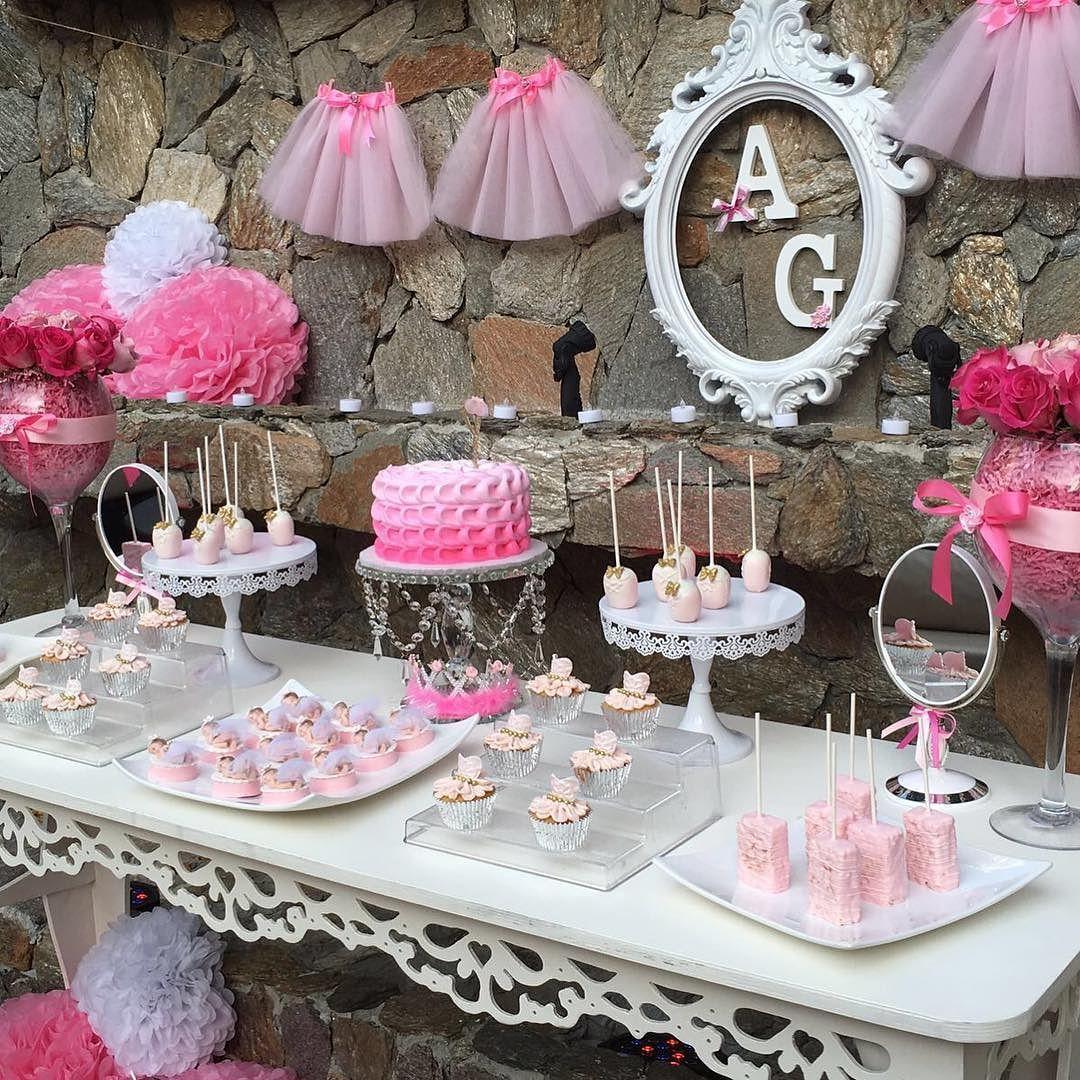 More decoration mesa de postres for Mesa de postres baby shower