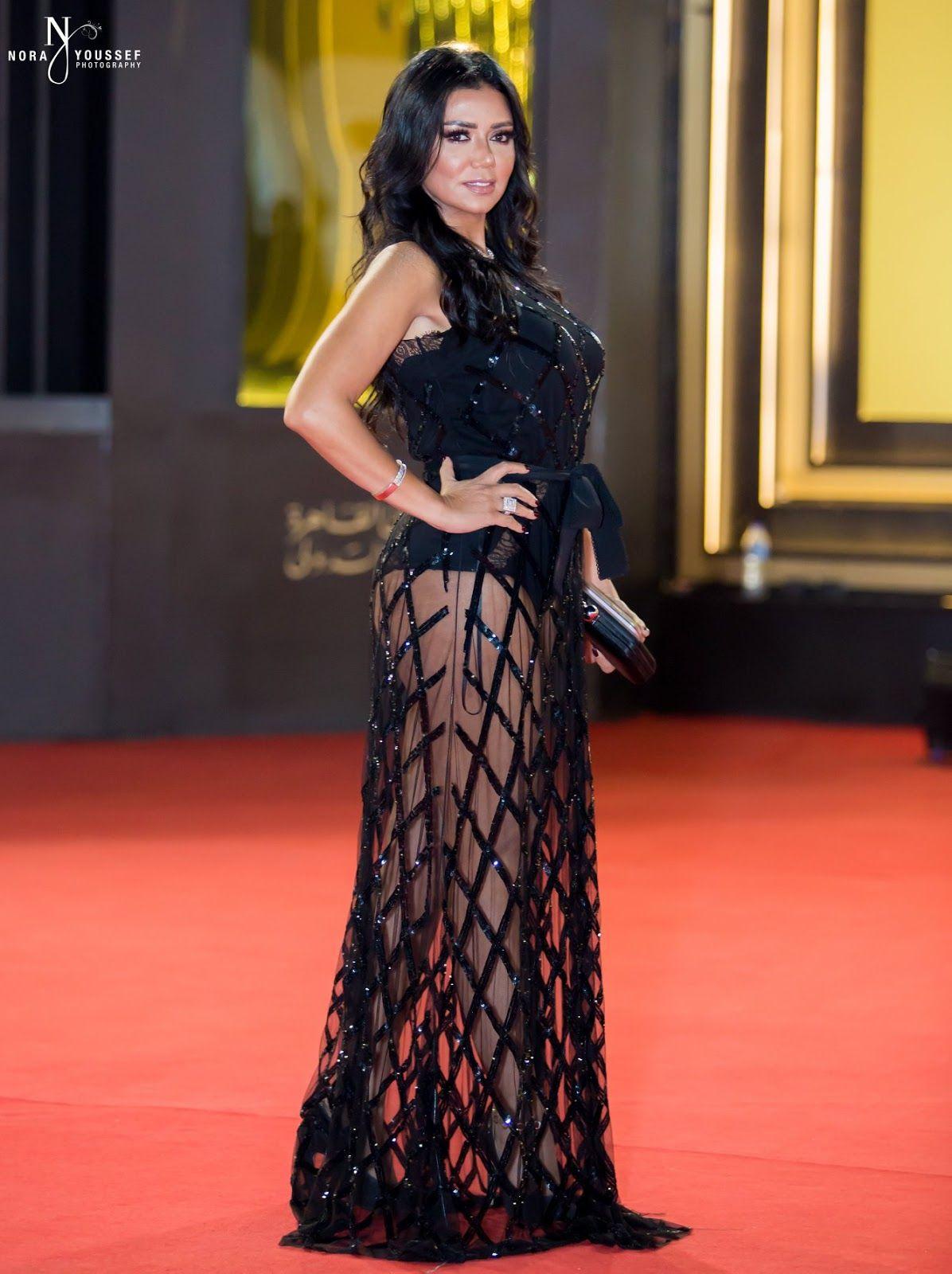 اسخن 40 صورة الفنانات بفساتين عارية وشفافة ومثيرة Egyptian Actress Egyptian Beauty Arab Celebrities