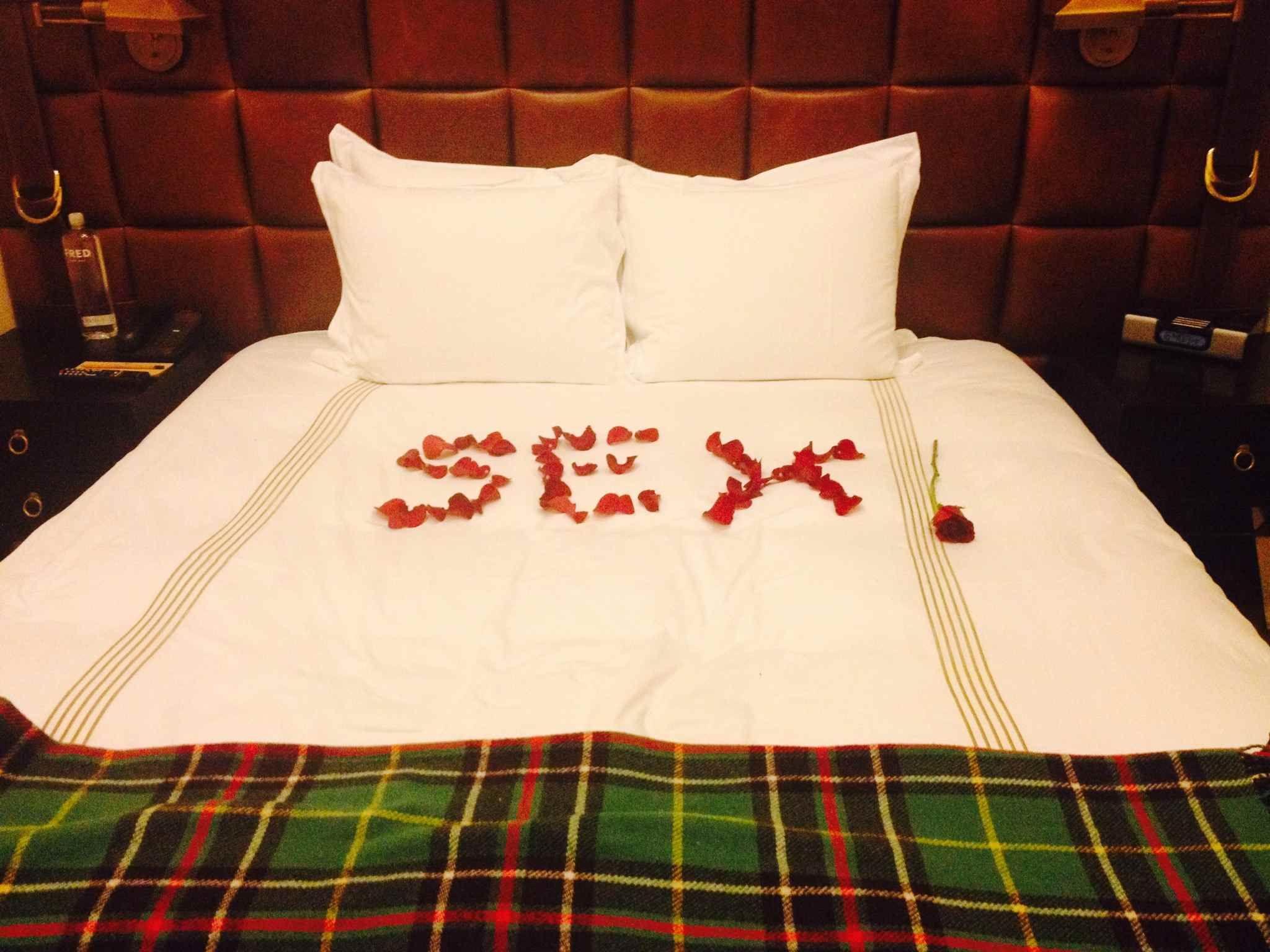 Romantic bedroom rose petals - Silly Wedding Ideas Honeymoon Groom Bride Rose Flower Petals Messages Reception Rehearsal Dinner Send Off Prank Joke Bridal Party Engagement