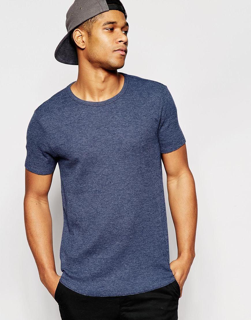 Imagen 1 de Camiseta ajustada larga de punto de grano de arroz en marga azul marino con bajo redondeado de ASOS