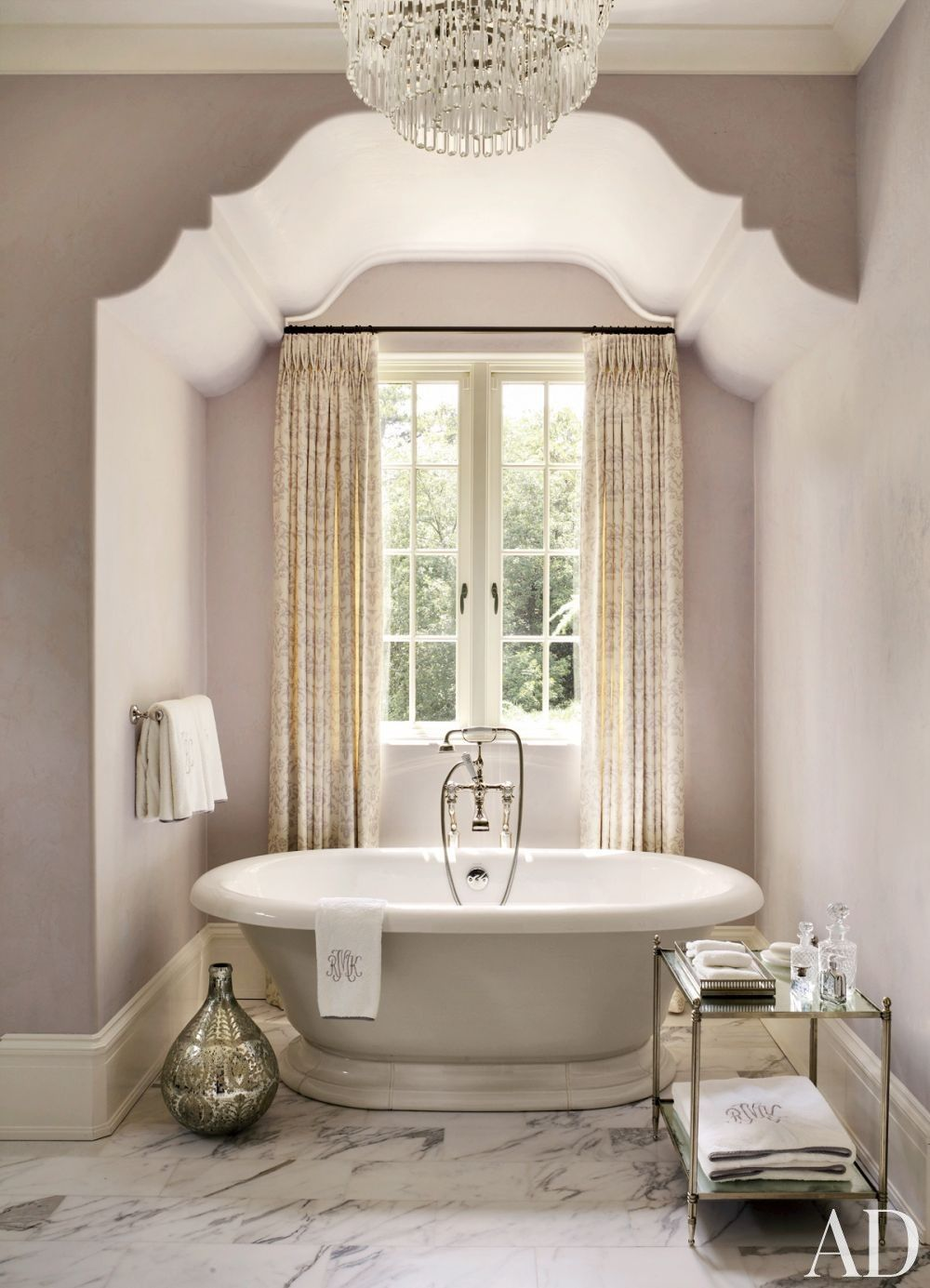How to keep your bathroom looking new forever mauve for Small victorian bathroom design