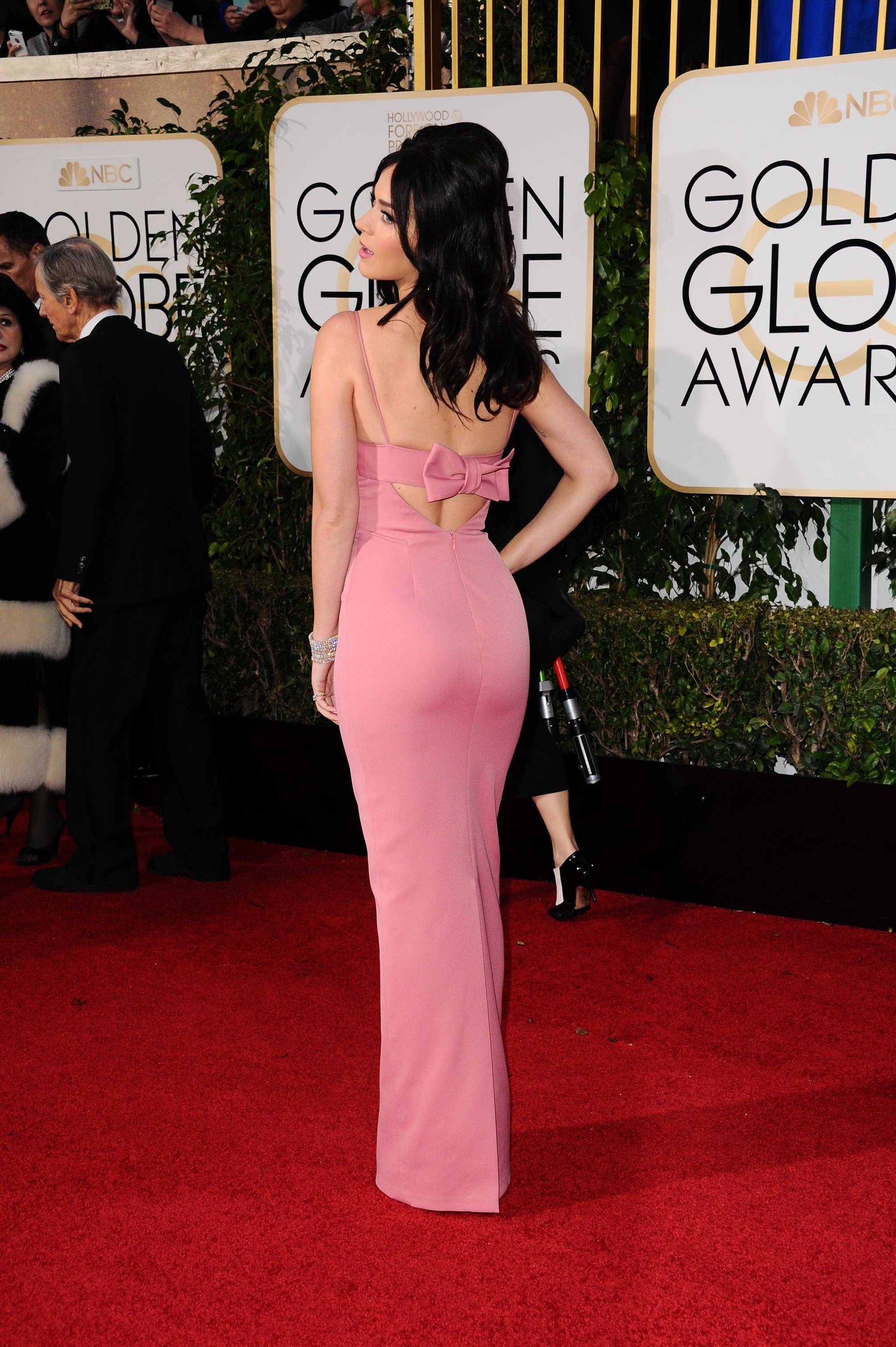 Katy Perry wearing Prada gown at the 73rd Annual Golden Globe Awards ...