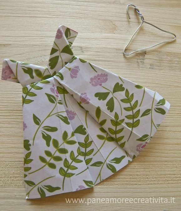1dc882ea7bf1 Come fare un abito di carta con la tecnica dell origami