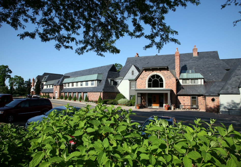 Forest Lake Country Club's Clubhouse | Bloomfield hills ...