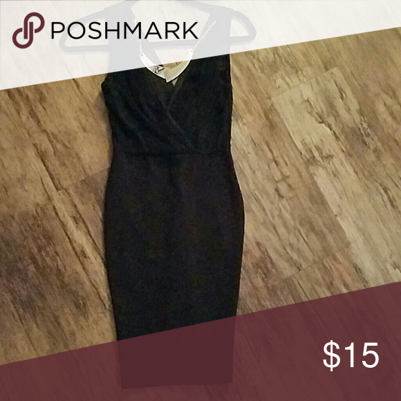 Black bodycon dress with snake and gold necklace Ruched top black dress with snake gold necklace Dresses Strapless