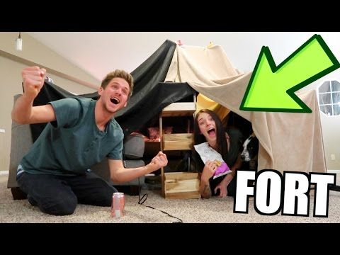 EPIC LIVING ROOM BLANKET FORT