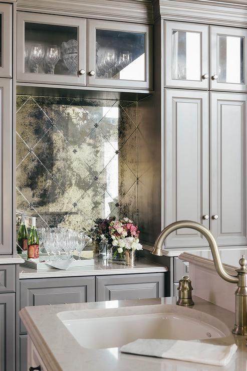 Diamond pattern antiqued mirrored backsplash tiles ...