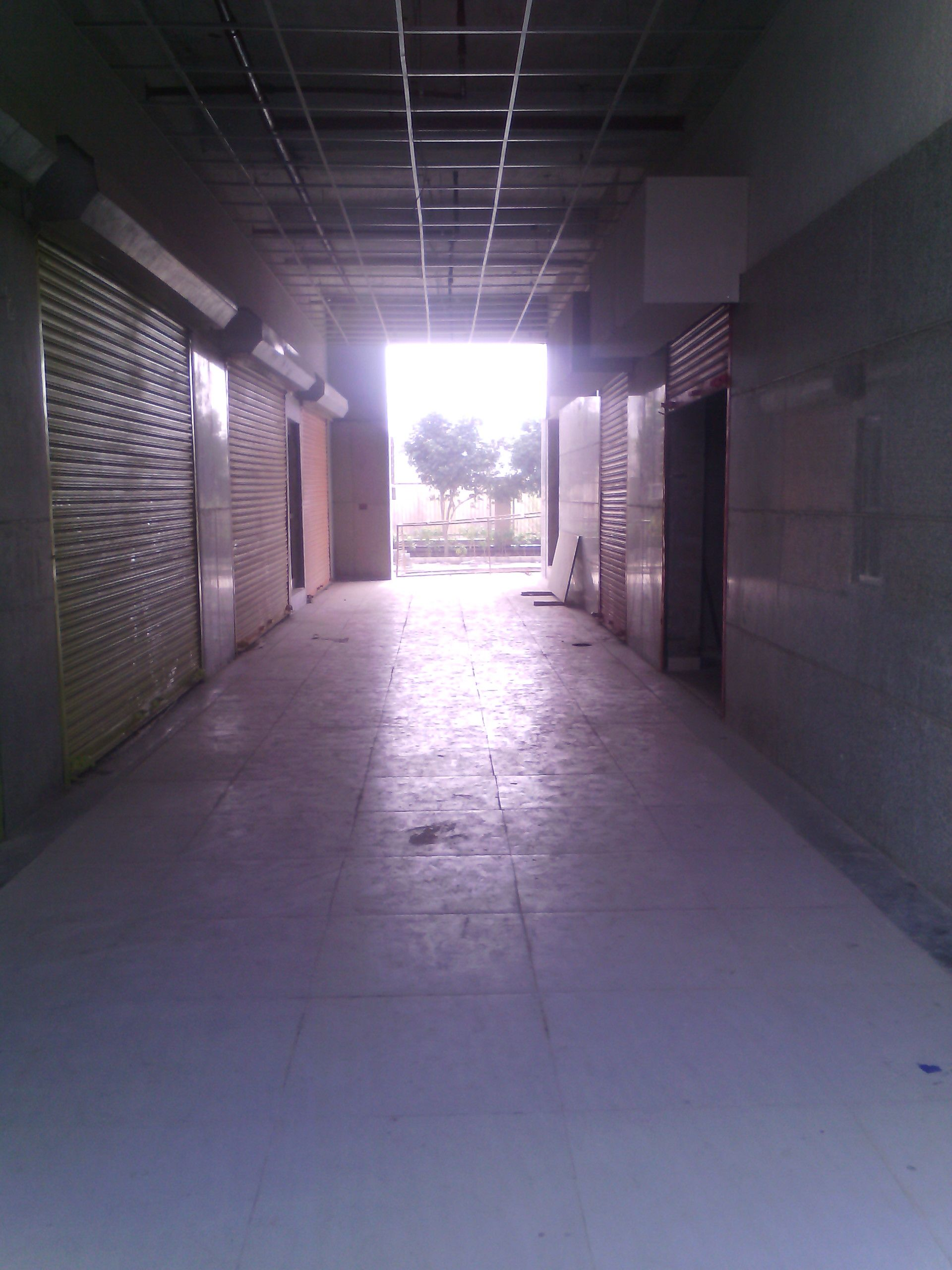 Shops for rent Rodeo Drive South city 2 Gurgaon, - http://www.kothivilla.com/properties/shops-rent-rodeo-drive-south-city-2-gurgaon-2/