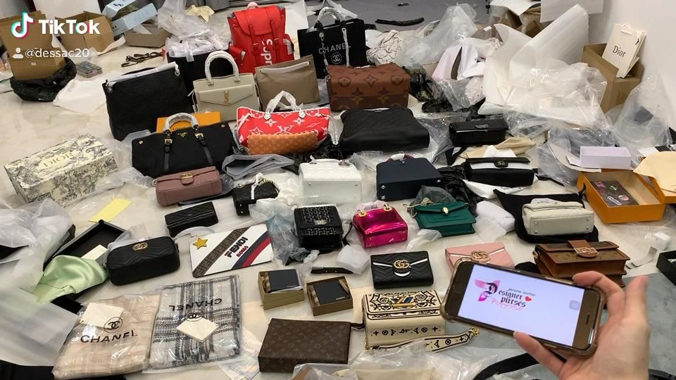 Checkout Top Genuine quality handbags in website W