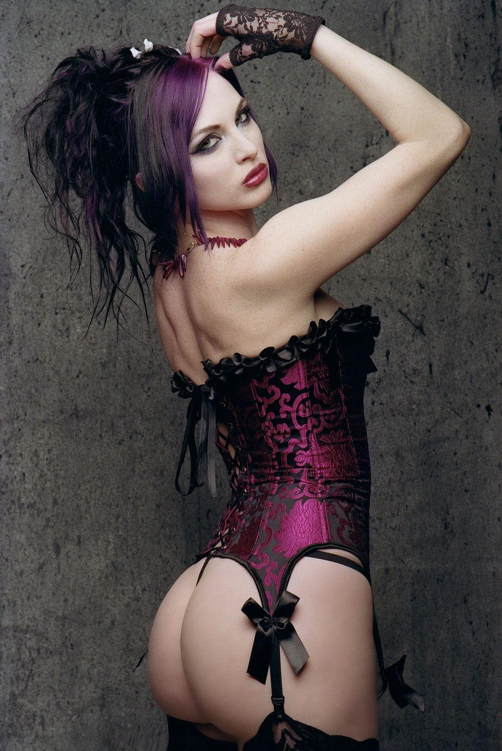 pictures of bad goth girls in panties