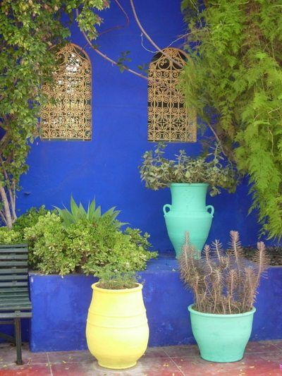 Bleu majorelle couleur bleu indigo en d co pinterest for Couleur mur terrasse