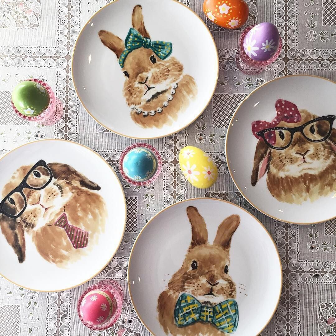 They're back! @fetchgretch5 already has her Easter Bunny Faces Salad Plate Set.  These go fast! Get yours via the Like2b.uy/Pier1 link in our profile before they hop away.  #pier1love #easterbunny #bunnylove