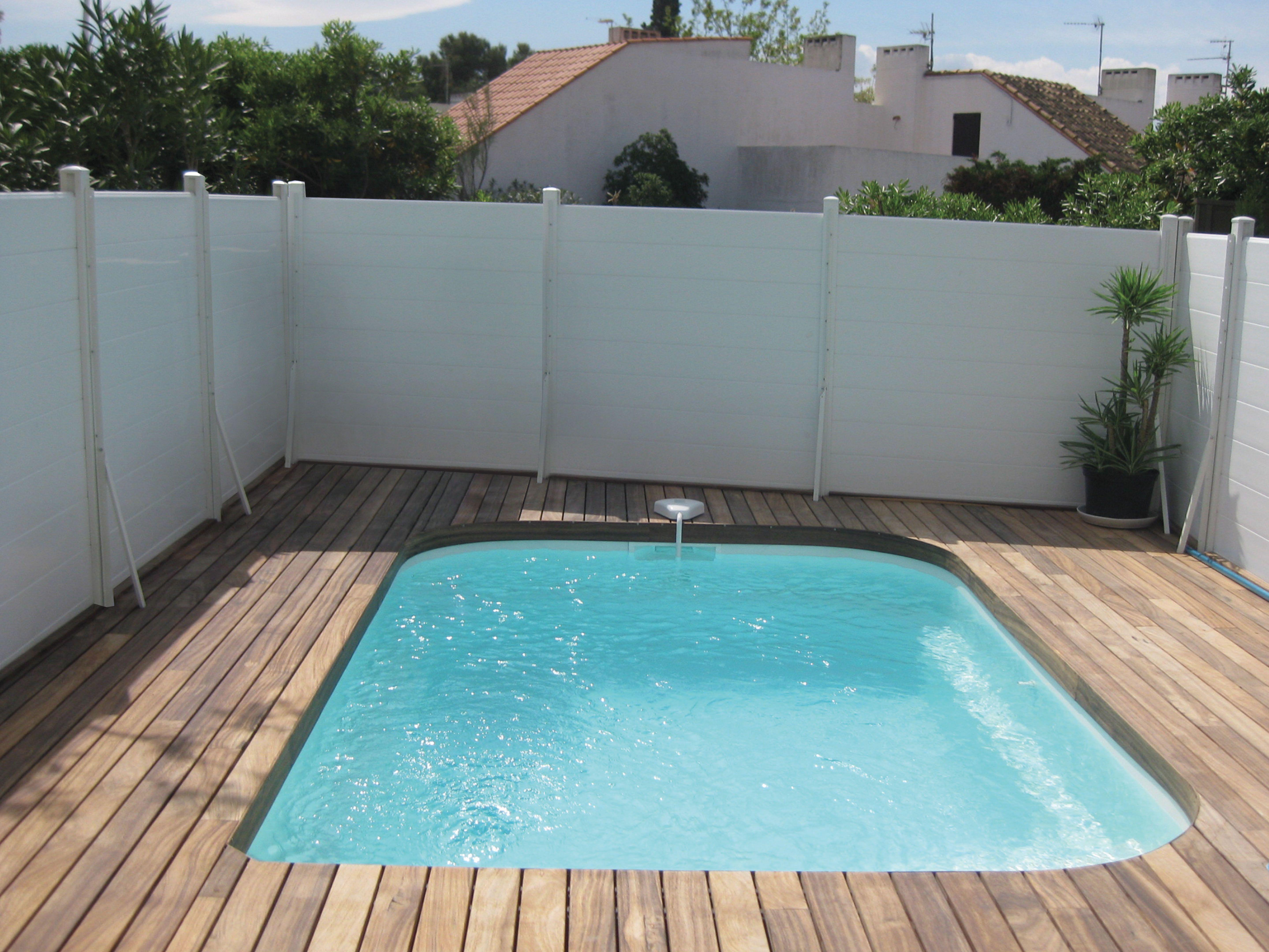 coque piscine 4 x 2