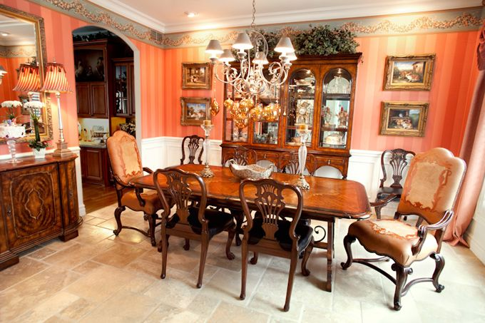A colorful, yet traditional, dining room. Dazzling Designs, LLC Donna Brown - Northville, MI