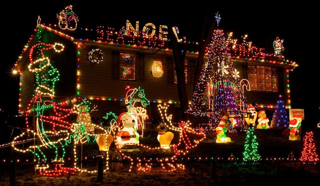 Novedosas Fachadas y Exteriores para Navidad por diseñodecasa.blogspot.com