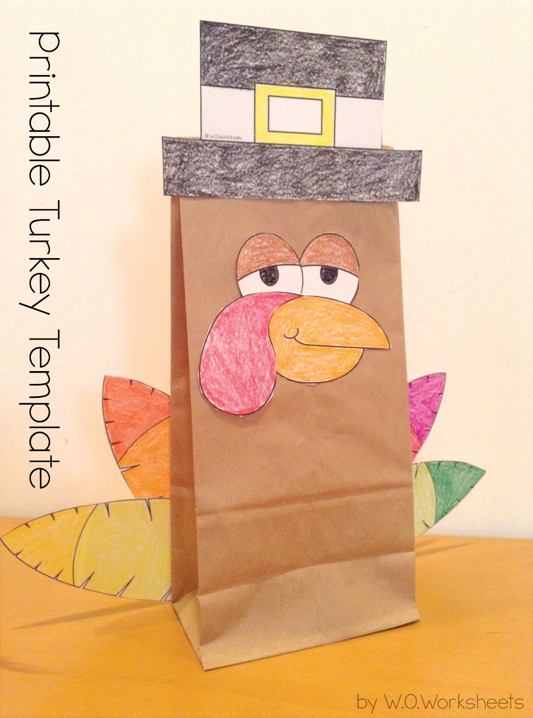 Cute and easy Thanksgiving Turkey Craft template.