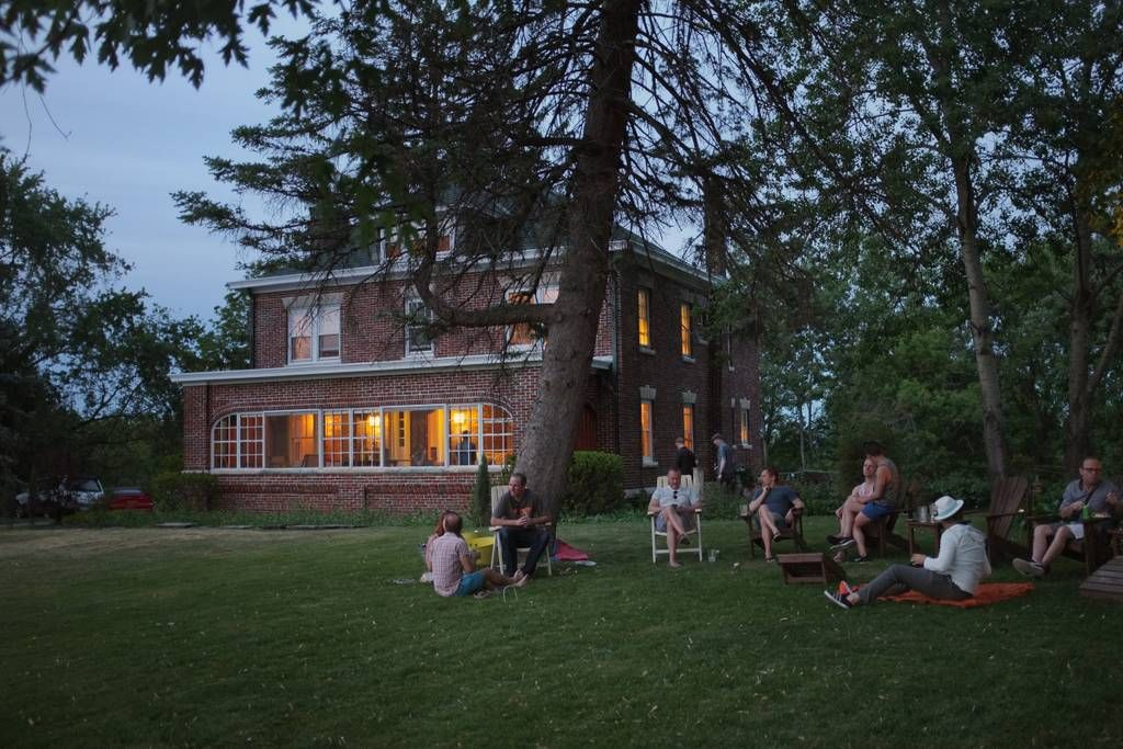 Entire homeapt in saugerties us explore the heart of