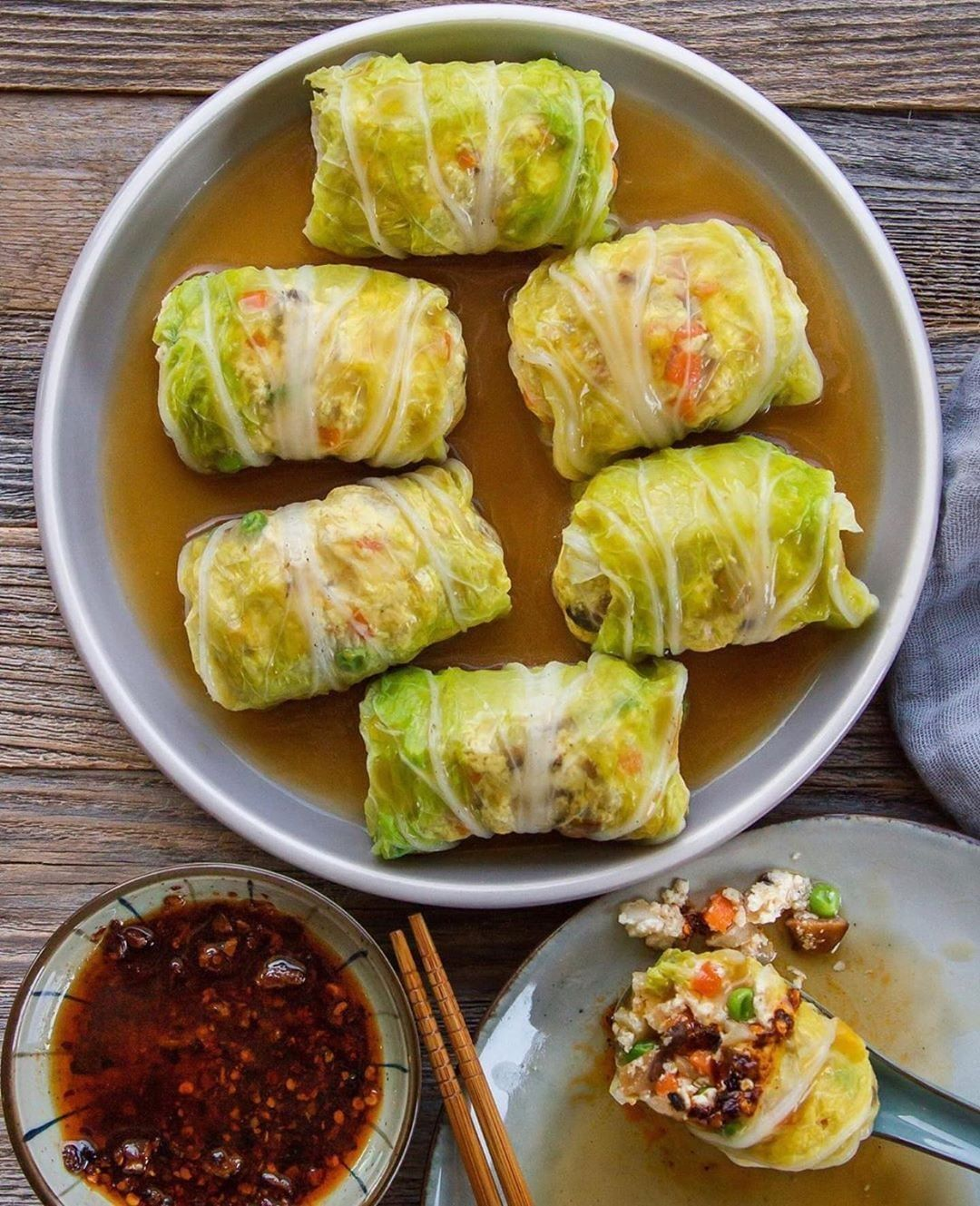 Vegan Recipes Lifestyle On Instagram Stuffed Cabbage Rolls By Woon Heng Recipe Yields 12 In 2020 Napa Cabbage Recipes Cabbage Rolls Vegan Asian Recipes