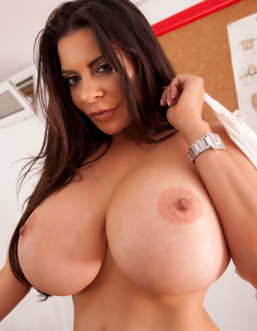 Linsey Dawn Mckenzie Nude Photos