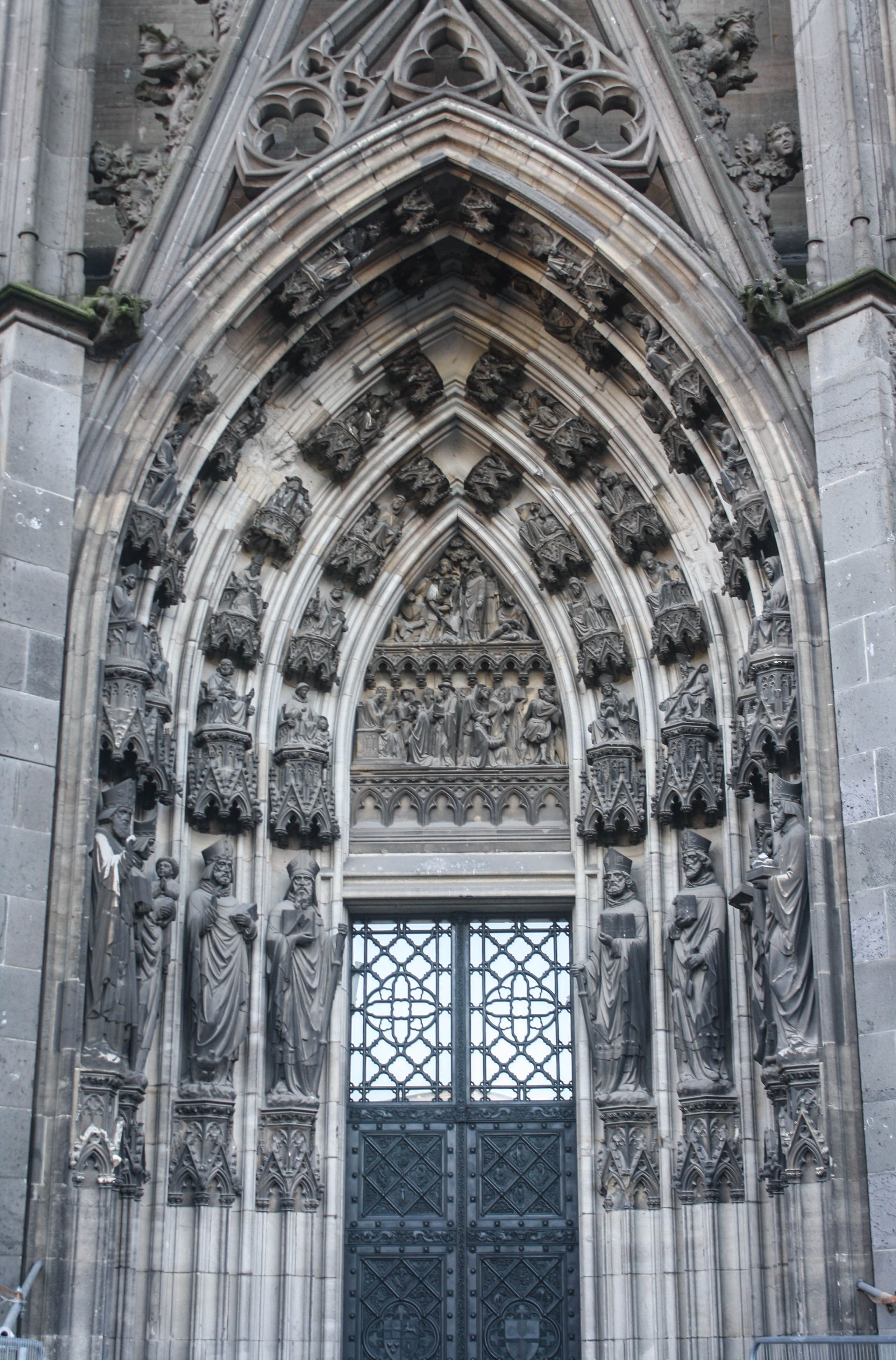 Cologne Cathedral, Cologne, Germany www.stephentravels.com/top5/entryways
