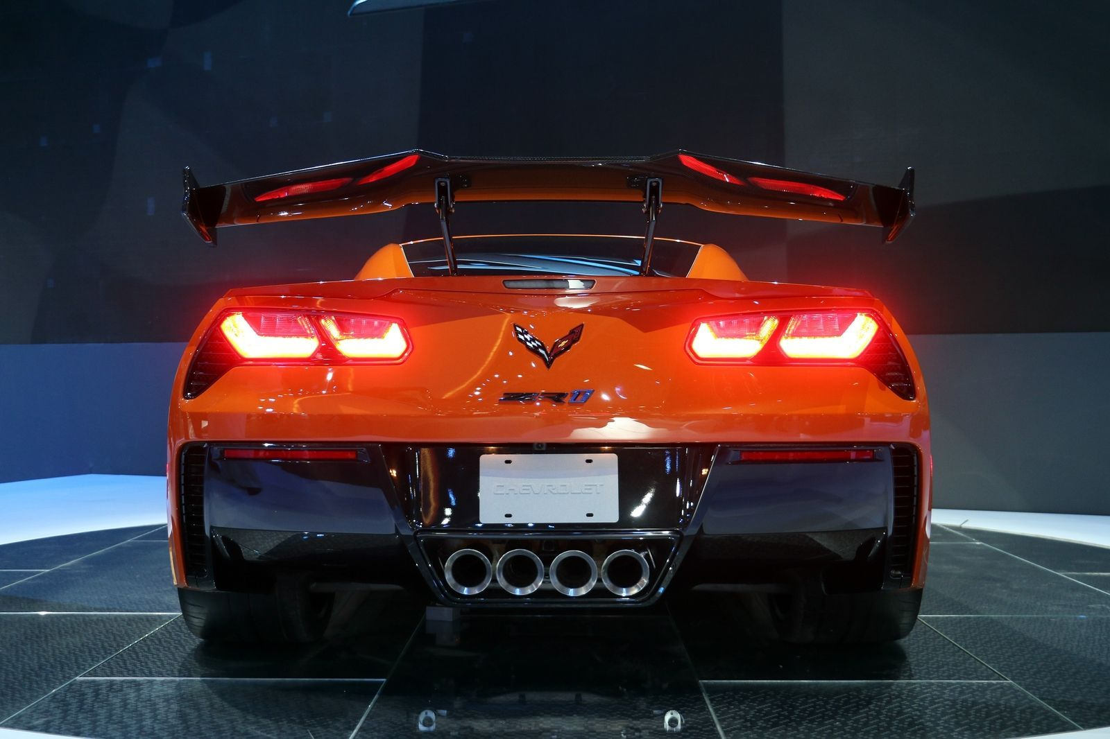 Chevy Is Aiming For A Sub Seven Minute Corvette Zr1 Nurburgring