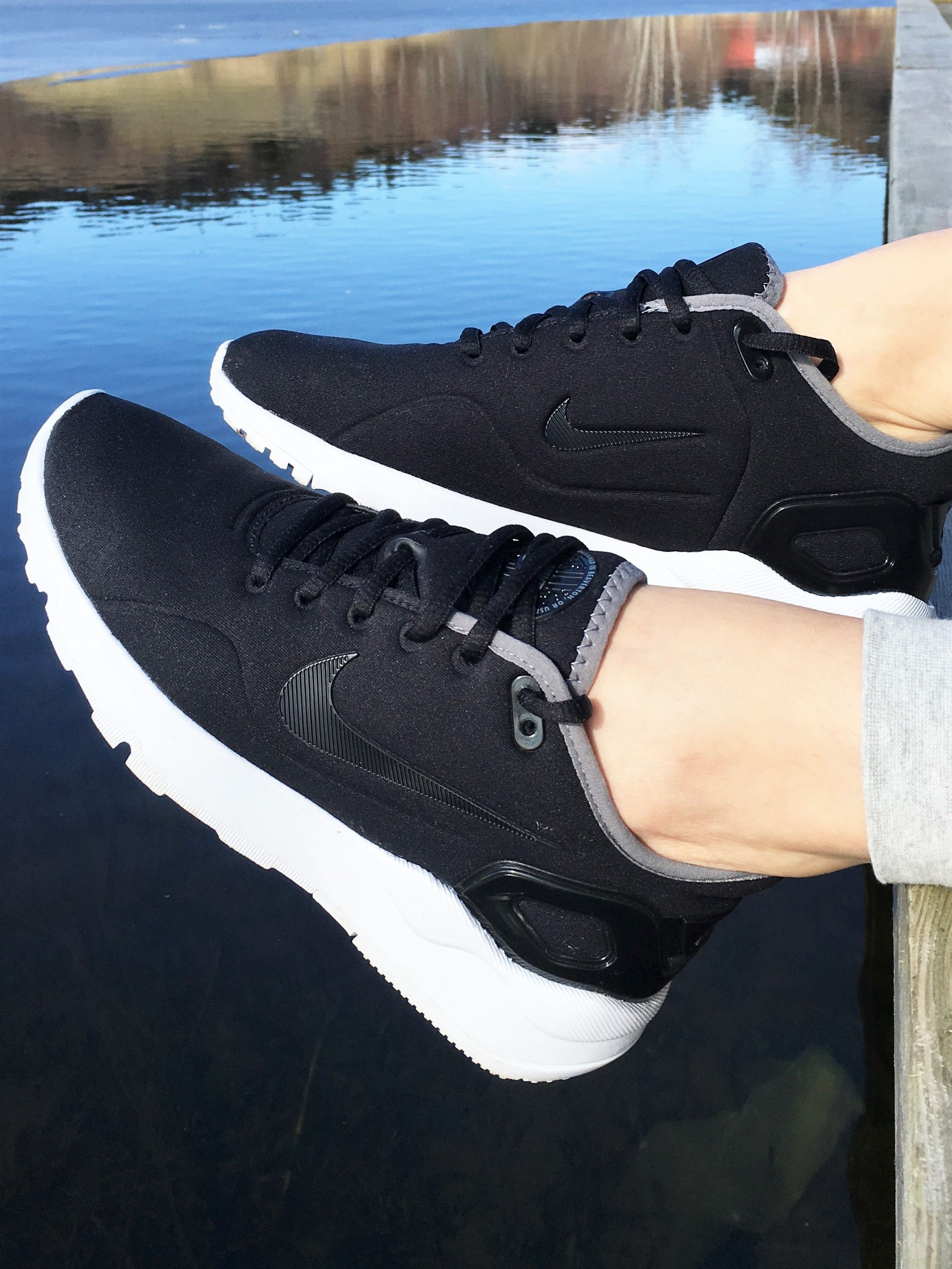 Nike LD Runner LW in Black  f53b5cd28