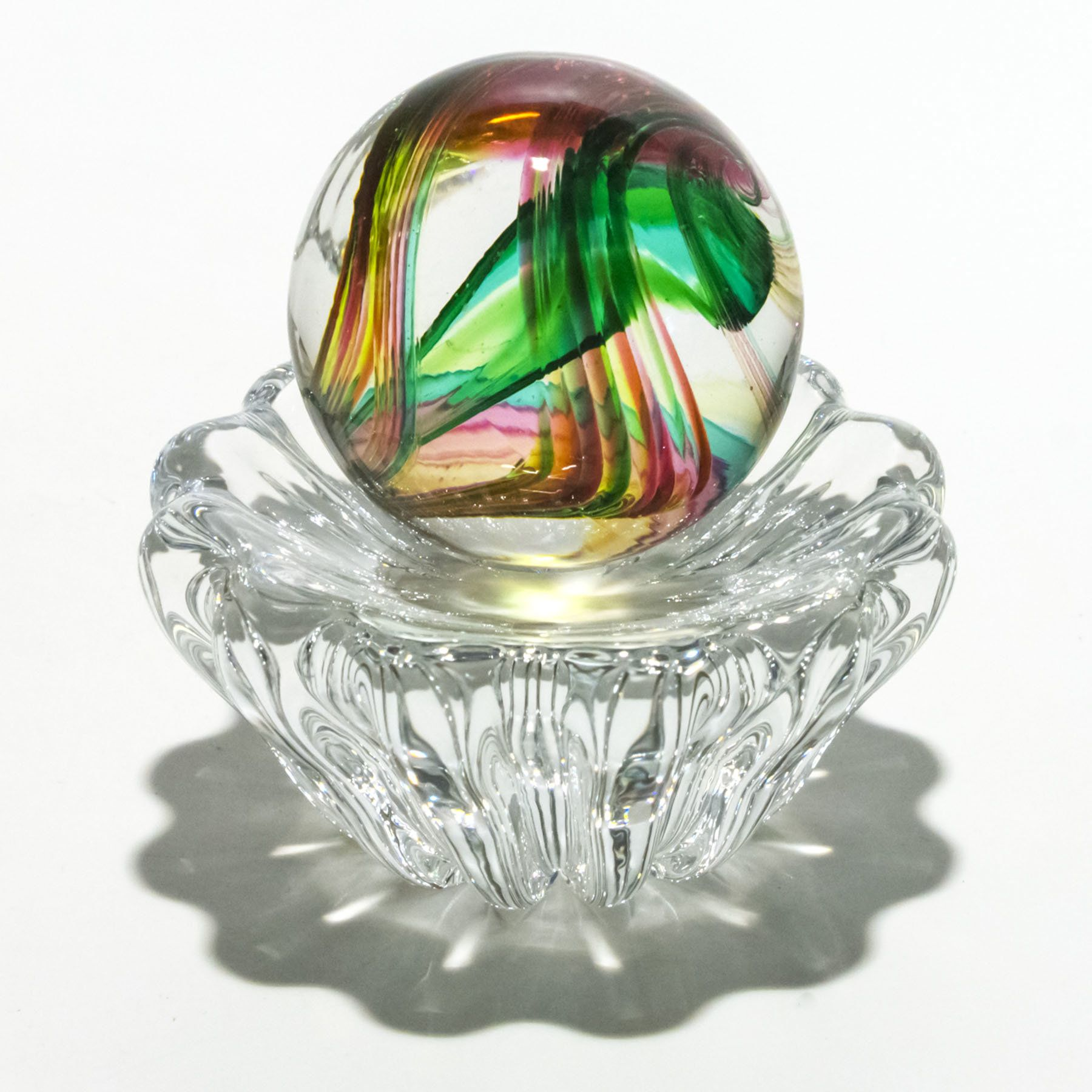 Marble In Spring On 12 Rib Twist Dish By Michael Trimpol And Monique Lajeunesse Art Glass Paperweight Glass Paperweights Glass Art Glass Marbles