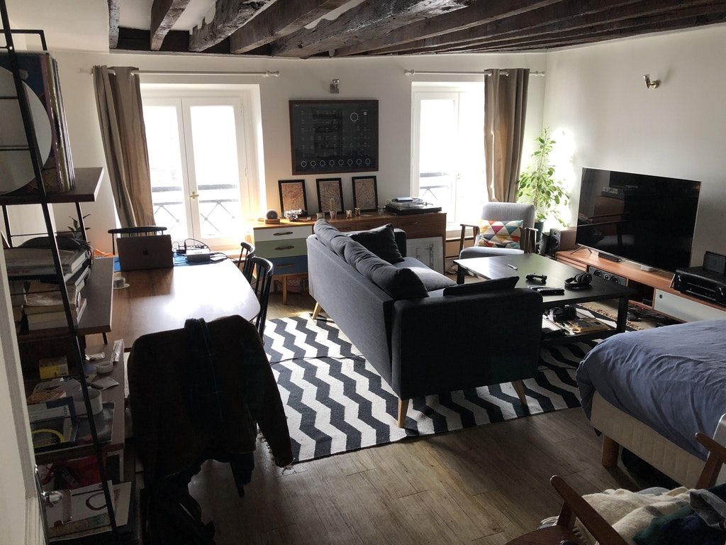 My Bachelor Parisian Studio Malelivingspace Cozy Places In 2019