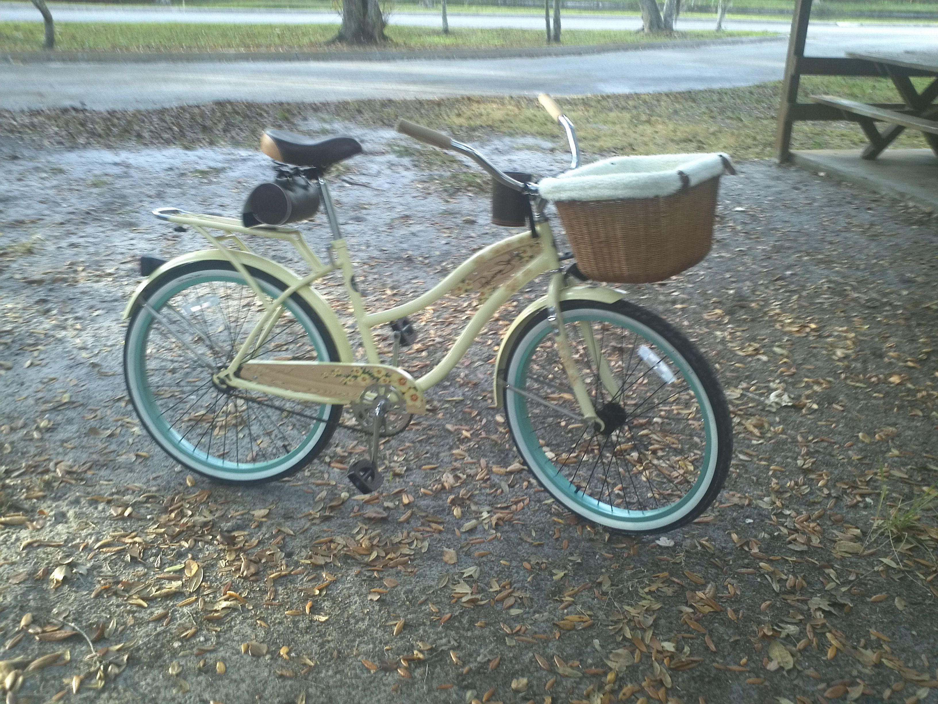 Panama Jack Vintage Bike But With The Basket Just A Smidge