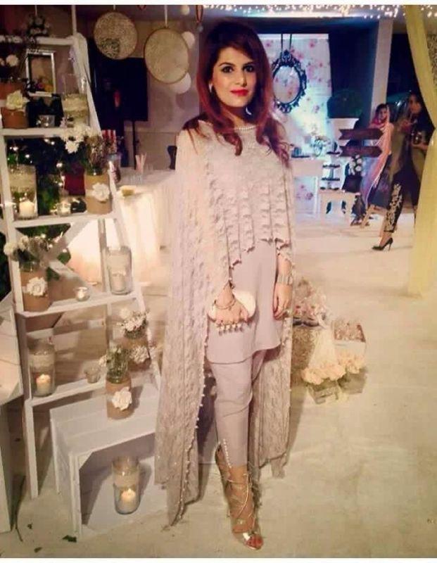 Ladies Salwar Kameez, Cape, Gown Suit. | Pakistani ...