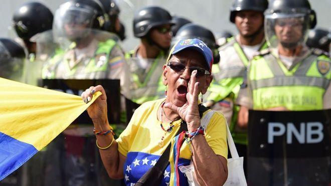"""""""Toma de Venezuela"""": los 4 próximos pasos en la escalada de protestas que planea la oposición"""