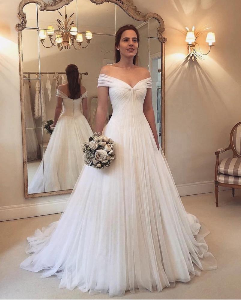 Elegant Off Shoulder Wedding Dress Bridal Gown Grecian Simple White Wedding Gown White Bridal Gown Off Shoulder Wedding Dress Off Shoulder Wedding Dress Simple