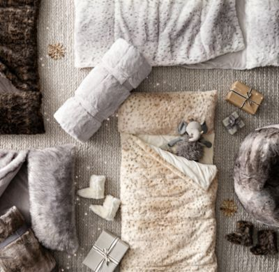 Luxe Faux Fur Sleeping Bag Grey Wolf Einrichtung