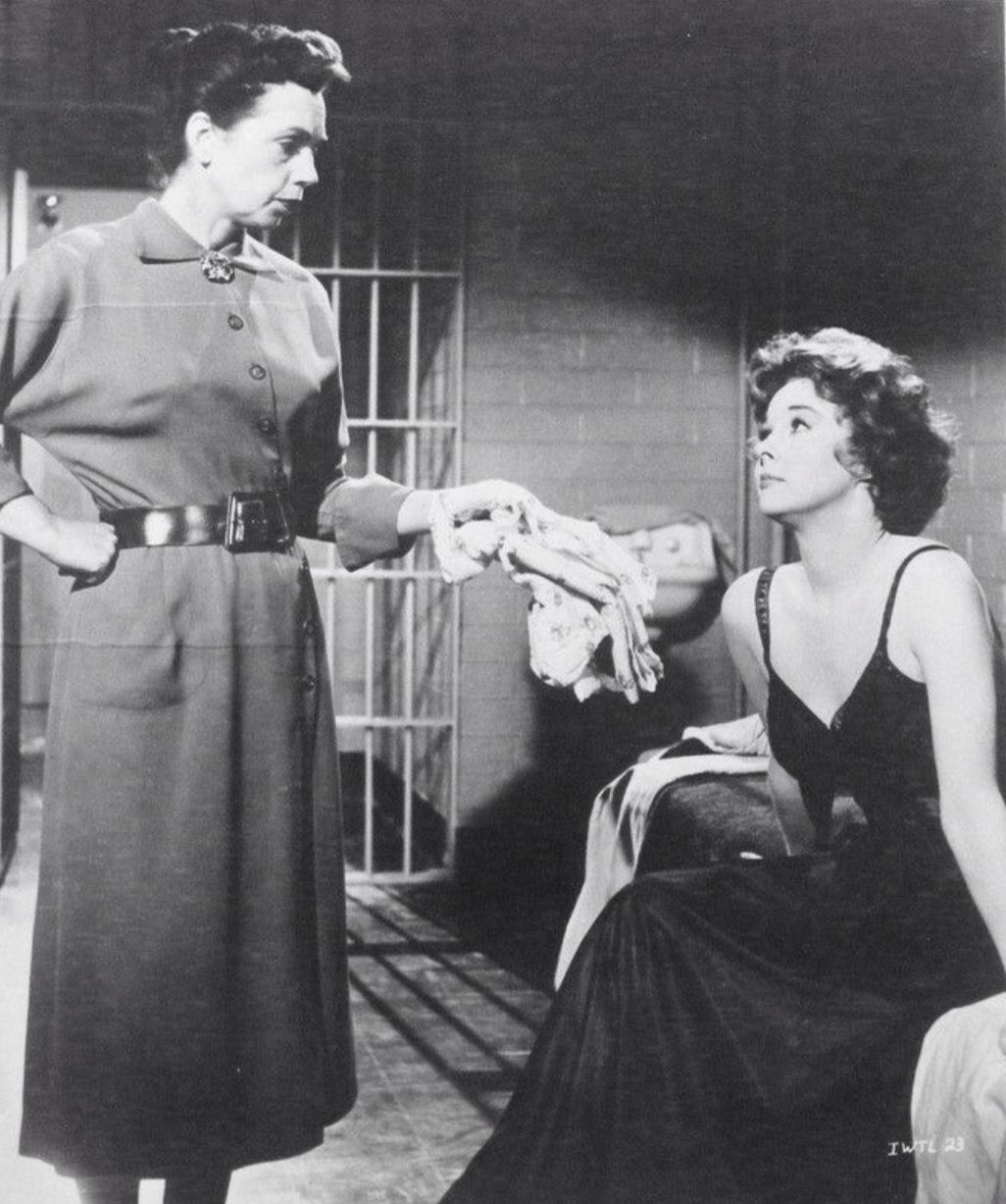 Helen Kleeb And Susan Hayward In I Want To Live Films 1950s