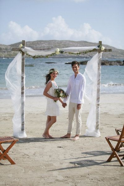 Simple But Pretty Beach Wedding Arch Photography By Magda Lukas Magdalukas