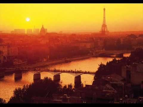 Sous Le Ciel De Paris - Richard Galliano & Eddy Louiss ...and it was Edith , who have to switch french lyrics to english , otherwise imbe´s doesn´t get whatcha - watcha...It´s otherwise over DA ocean :/  Pour toi , Eternelle !