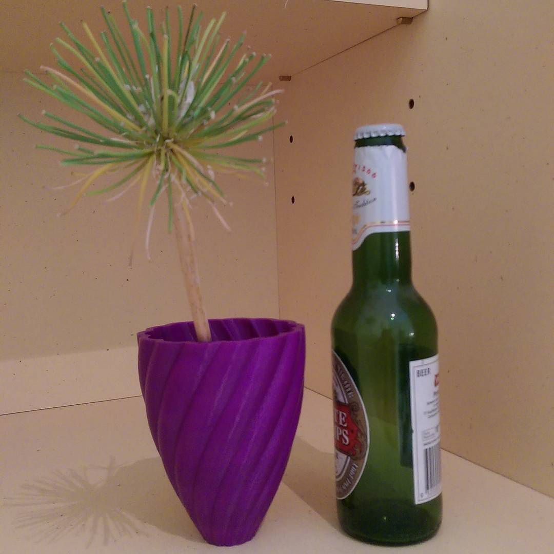 Something we liked from Instagram! Just finished this one off after 6 hours of printing beer bottle for scale 'palm tree' for where you'd rather be! #3dprinting #3dprint #3dprints #3dprinter #3dprinted #design #industrialdesign #bestoftheday #beer #beerforscale #palmtree #palmtreeimitation #purple #abs #swirling #swirls #awesome by trinpy check us out: http://bit.ly/1KyLetq