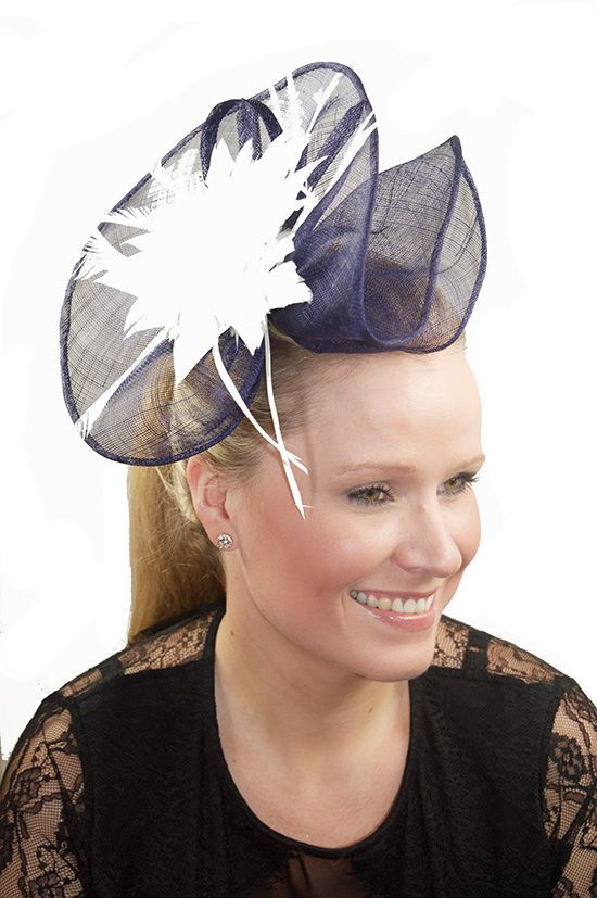 Large Navy Blue Sinamay   White Feather Flower Comb Fascinator ... 2b27ade2c8e