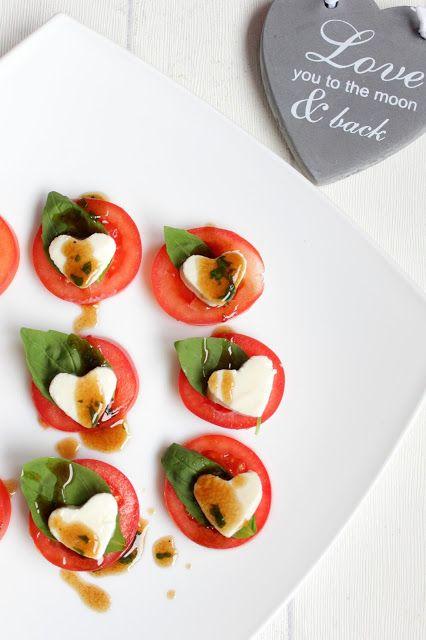 Muttertag Valentinstag Ideen Zum Selbermachen Rezepte Mit Herz Tomate Mozzarella Herz Salat Einfache Gerichte Valentinstag Kochen Rezepte