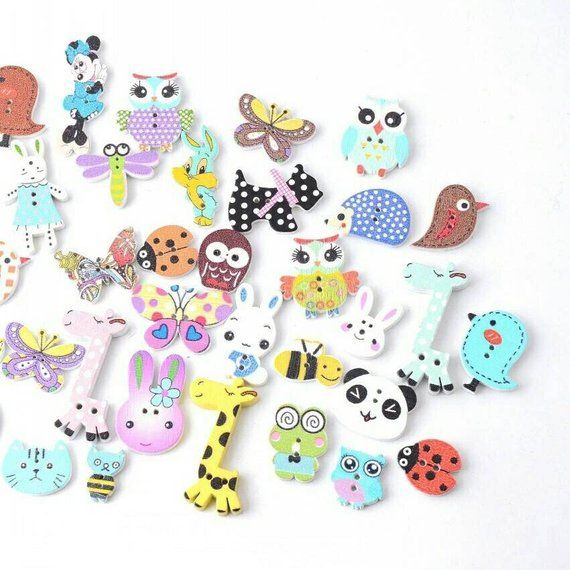 100pcs Animals Buttons 2 Holes Wooden Buttons for DIY Sewing Fasteners Craft