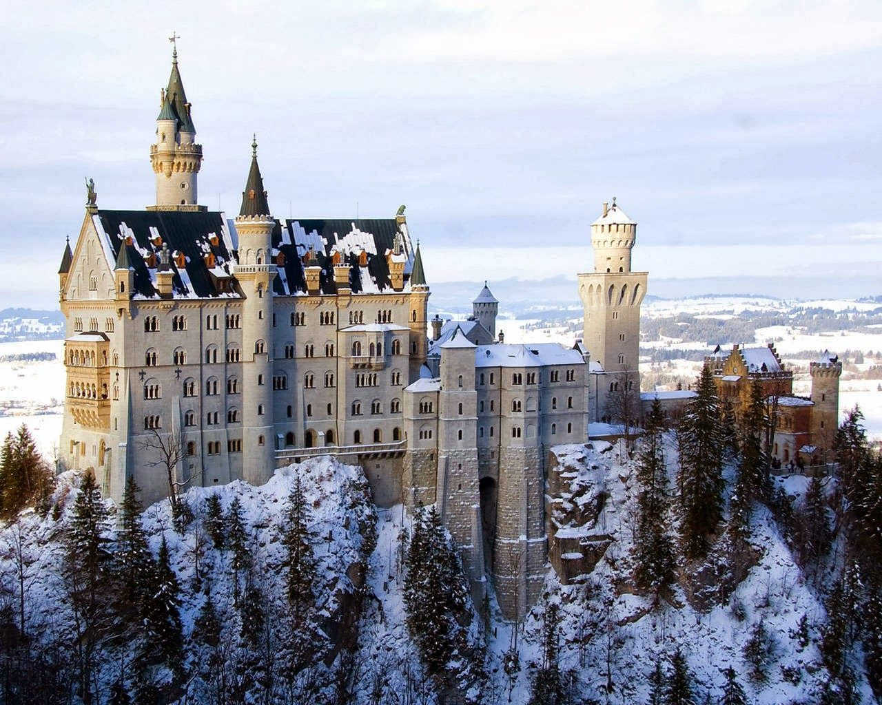 Hohenzollern Castle Snow Falling Germany Germany Castles Neuschwanstein Castle Castle Pictures
