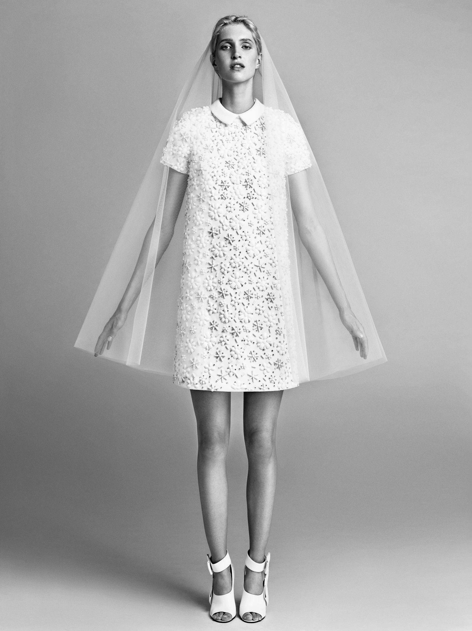 Chic Short Wedding Dresses Mini Wedding Dresses Short Wedding Dress Wedding Dresses 60s [ 2005 x 1500 Pixel ]