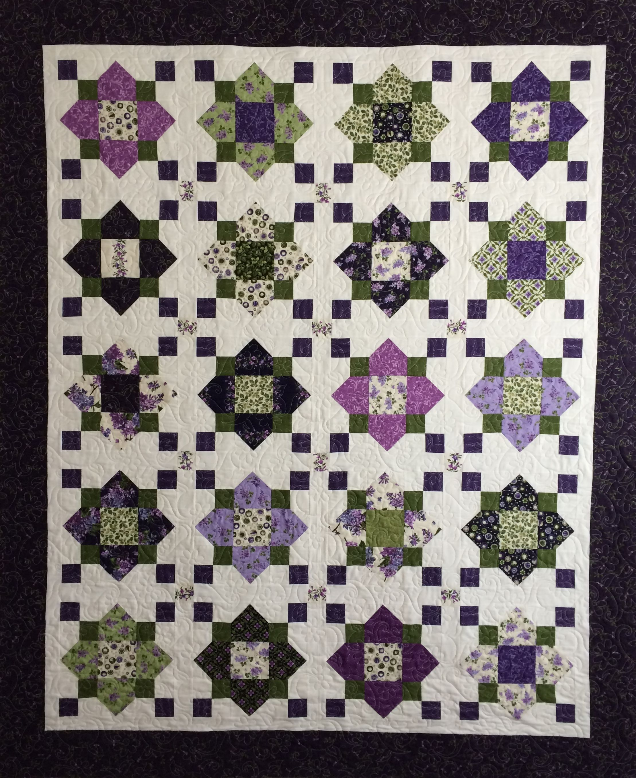 quatrefoil block free pattern | High Drama Quatrefoil Block — Free ... : quilt patterns free download - Adamdwight.com
