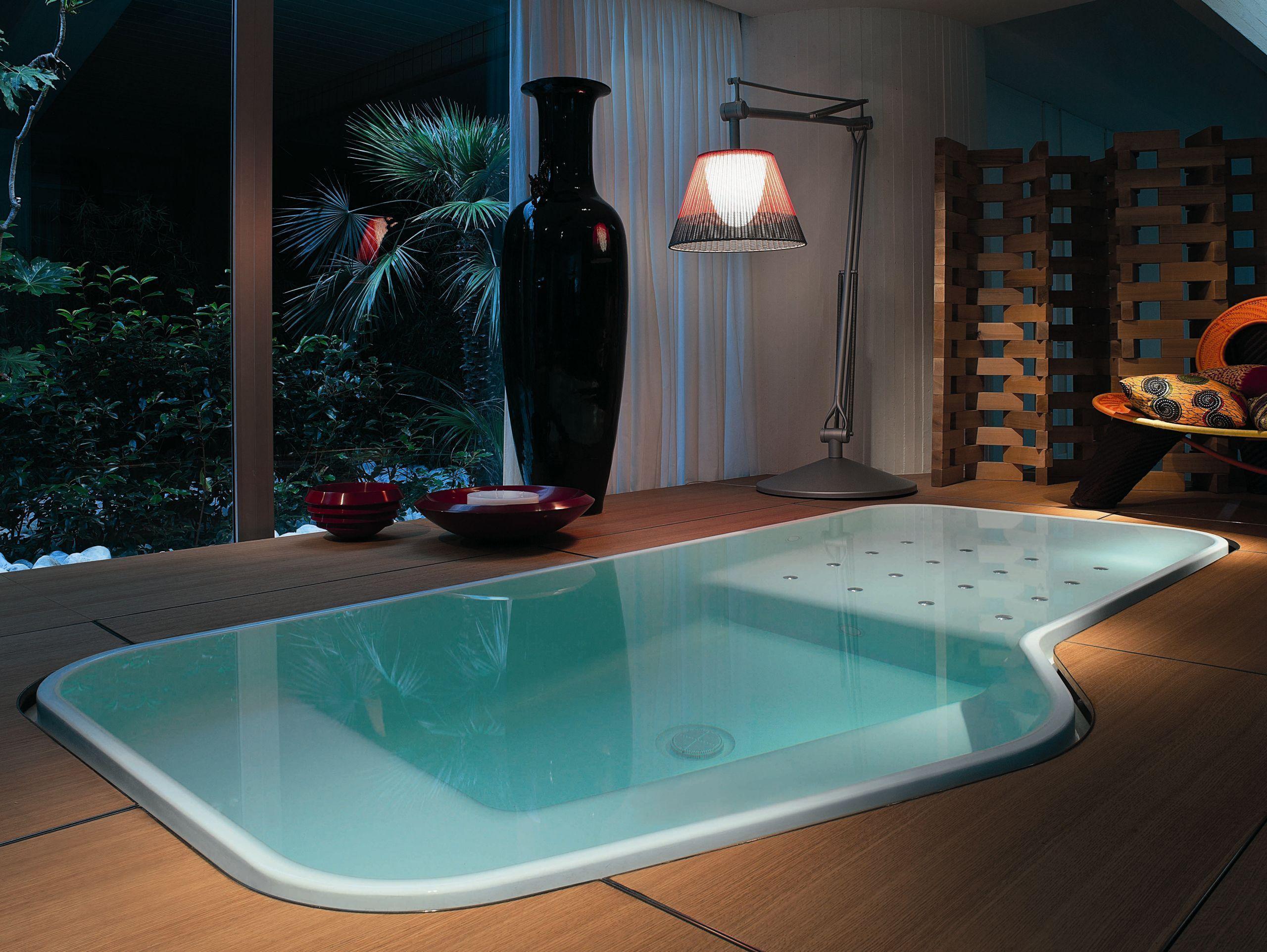 Faraway Indoor Outdoor Pool Spa By Kos Bathroom Ideas Bath House Home Indoor Design Decoration De Spa Bathroom Design Spa Style Bathroom Bathtub Design