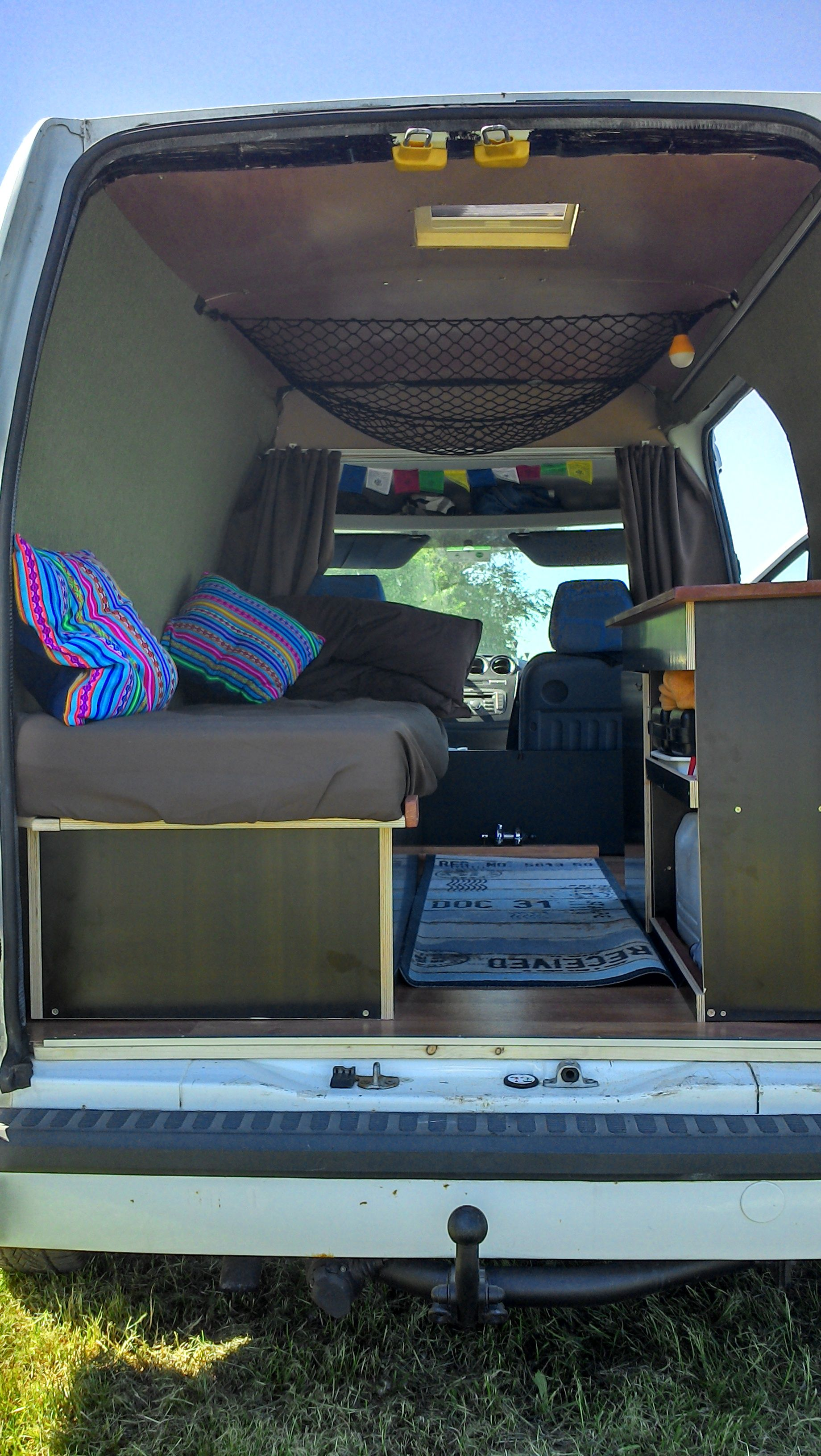 ford transit connect ausbau transit camper ford transit camper ford transit connect camper. Black Bedroom Furniture Sets. Home Design Ideas