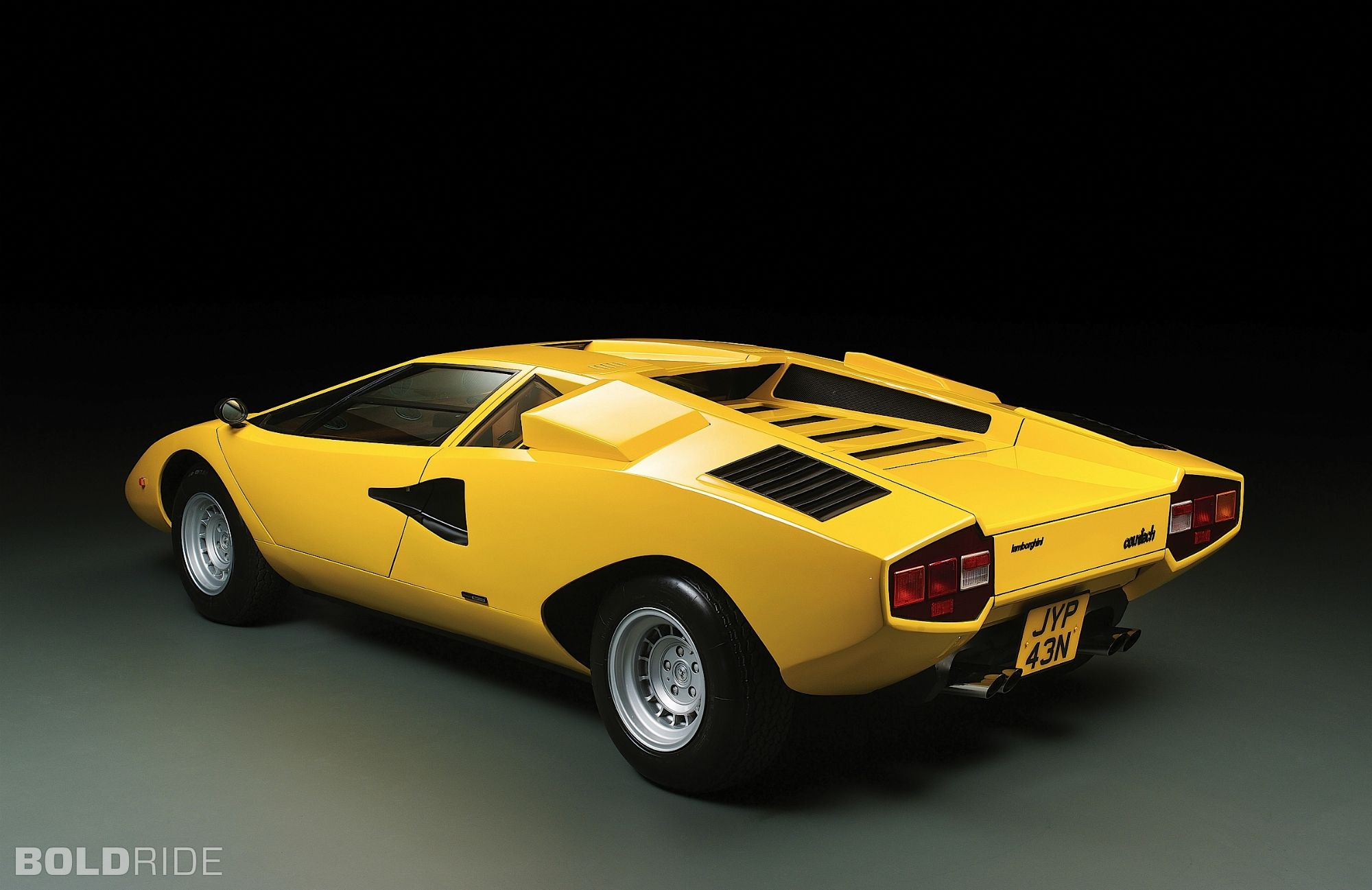 lamborghini countach canary yellow from a to b pinterest. Black Bedroom Furniture Sets. Home Design Ideas