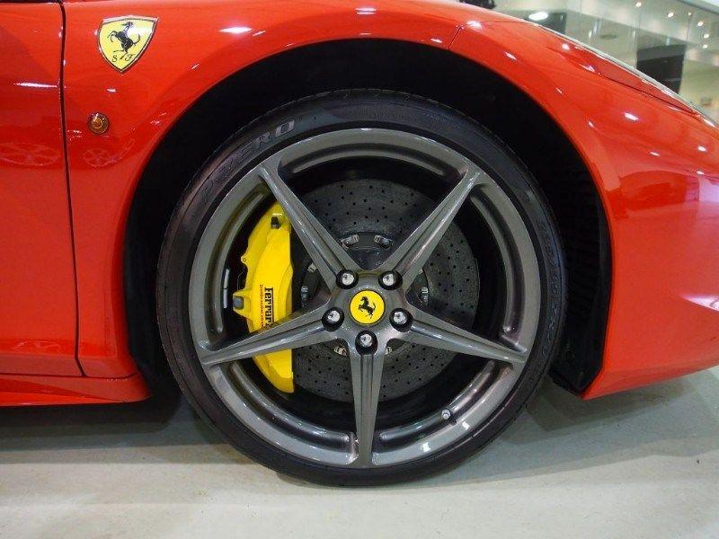 Ferrari 458 Italia finished in Rosso Scuderia with yellow