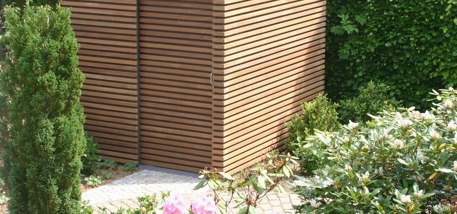 Design Gerätehaus Stahl mit Douglasienlattung von