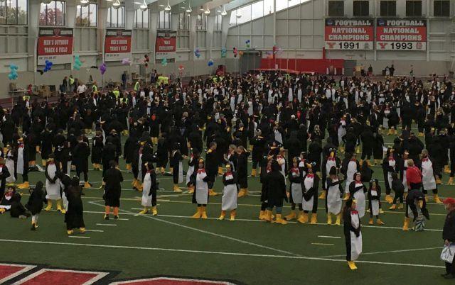 YSU sets world record for penguin costumed crowd - WFMJ com